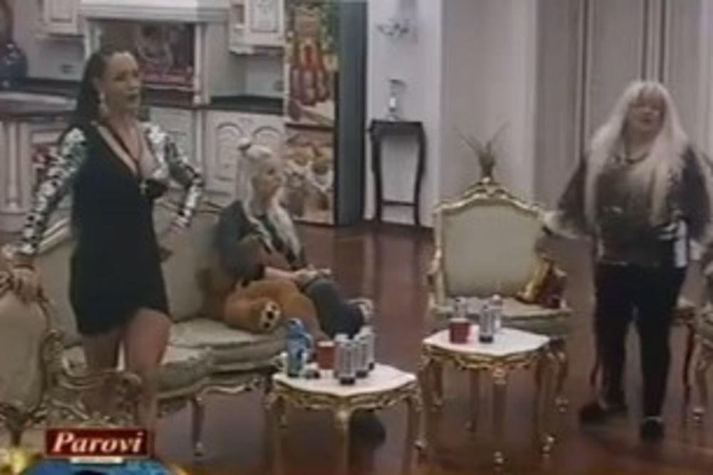 OPŠTE LUDILO U PAROVIMA: Aleksandra nasrnula na Vesnu, Ljuba SPUSTILA GAĆE da joj se Rivasova SAGNE!