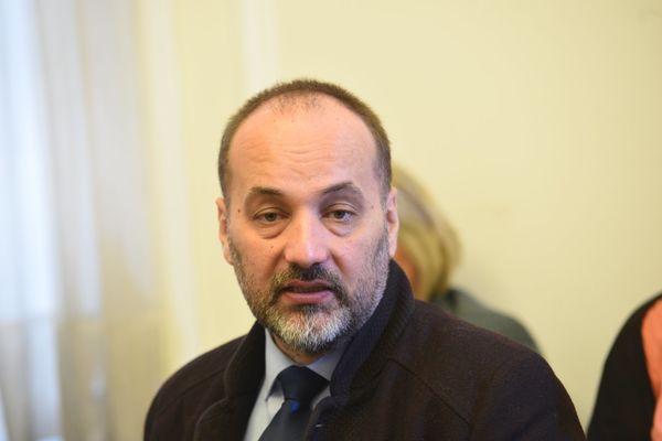 SNS: Janković direktno učestvovao u pravljenju lažnih afera!