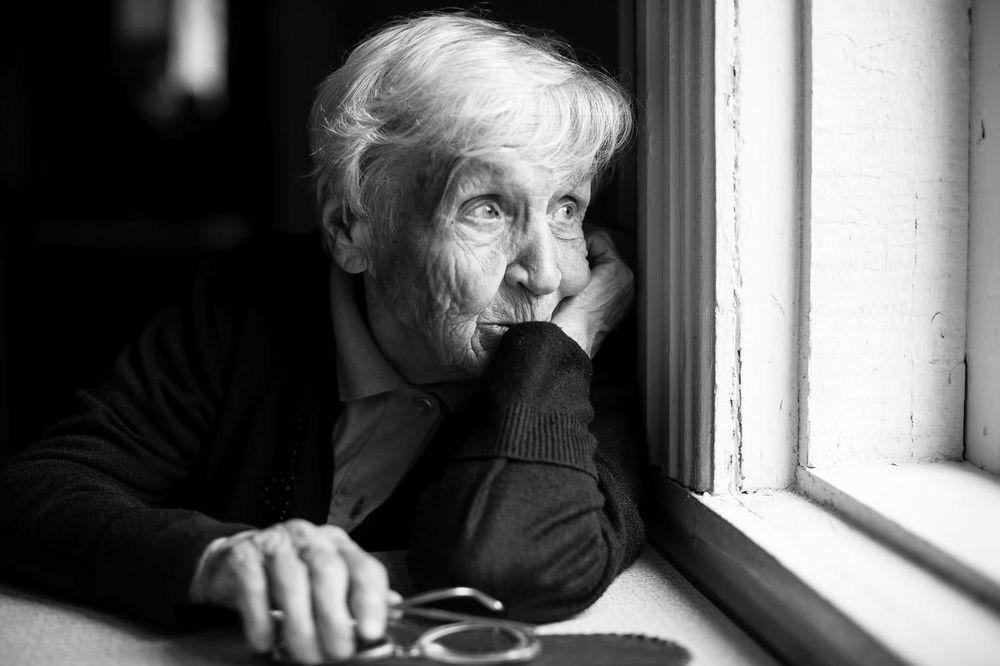 ISPOVEST PROMOTERKE IZ BEOGRADSKIH MARKETA: Jedna baka vodi unuka da jede na promocijama kako ne bi ostao gladan!