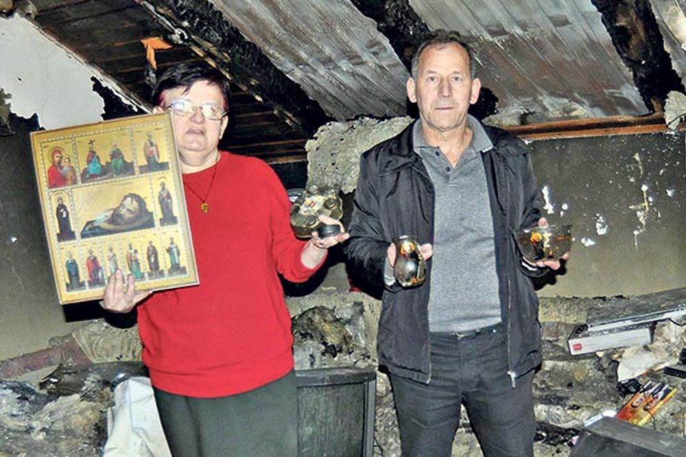 Relikvije netaknute na zgarištu... Dostana i Dušan Savić