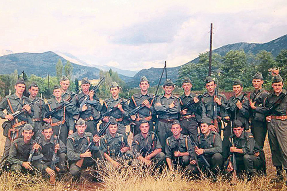 VRATILI SE U MLADOST I DAVNU 1992. GODINU: Bivši graničari uspeli da se sastanu posle 25 godina!