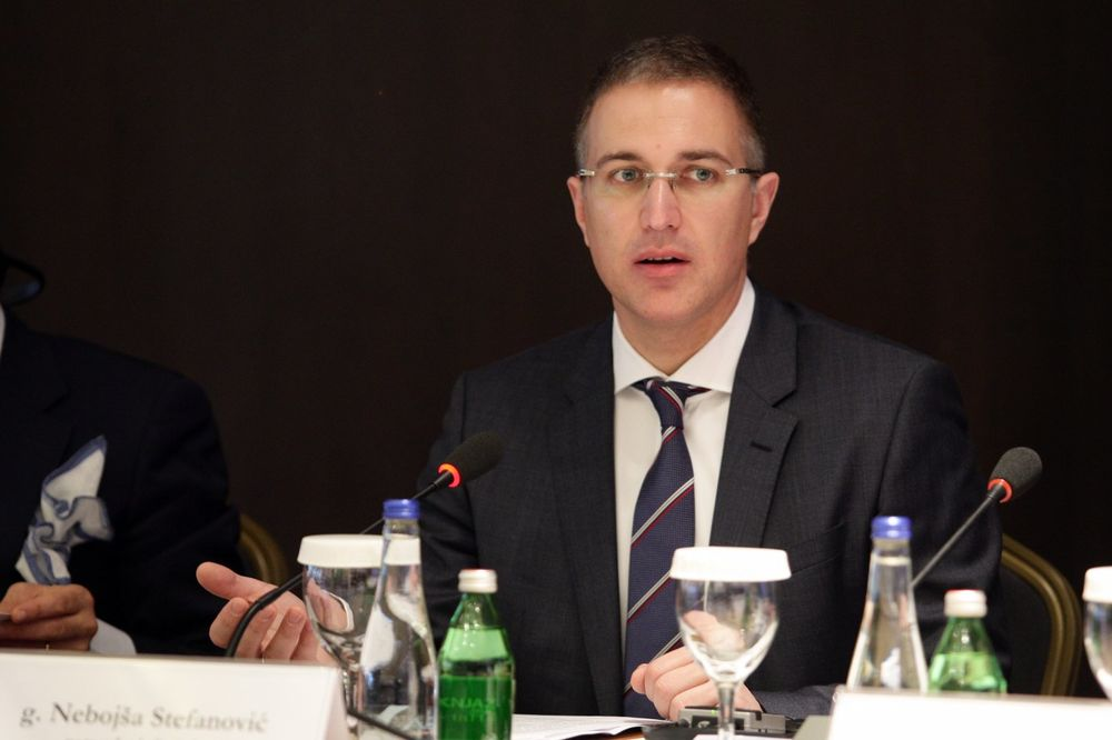 STEFANOVIĆ: Nisam uvek zadovoljan efikasnošću, tužilaštvo da reši slučaj Savamale