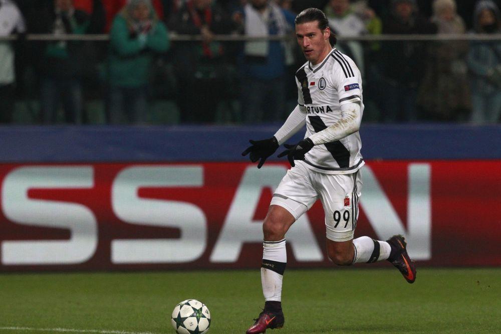 ODLIČNA VEST ZA ORLOVE: Srpski Ibrahimović dobio dozvolu od FIFE da igra za Srbiju