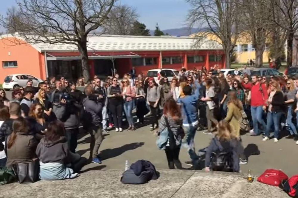(VIDEO) POBUNA U ZAGREBU: Studenti blokirali nastavu zbog nulte upisne kvote