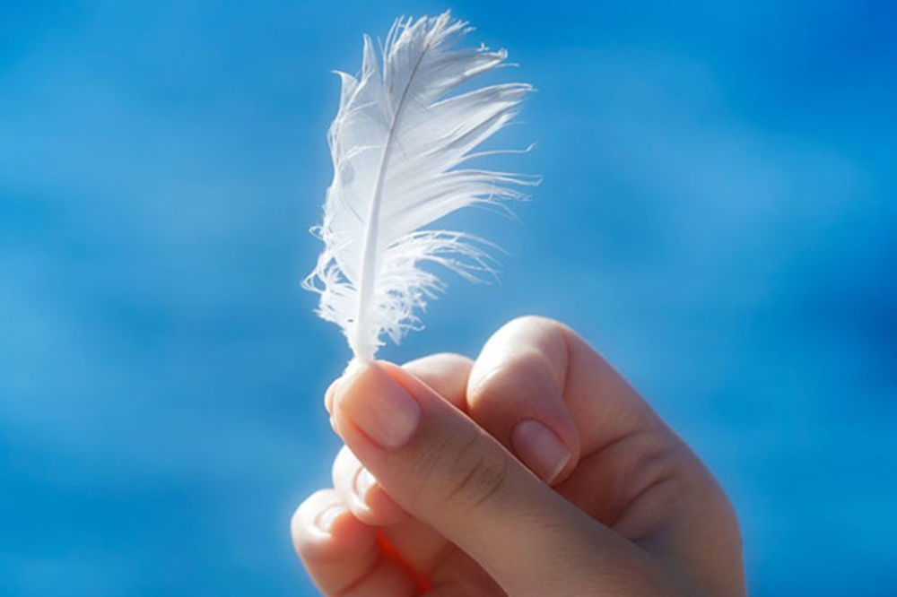 GLAS ANĐELA ILI GLAS LUDILA: Evo kako da prepoznate glasove anđela kad ih čujete