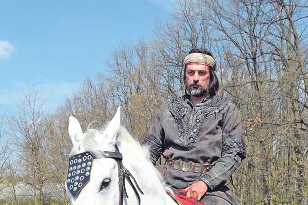 KURIR NA SNIMANJU SERIJE NEMANJIĆI RAĐANJE KRALJEVINE: Kralj Vojin spao s konja na magarca