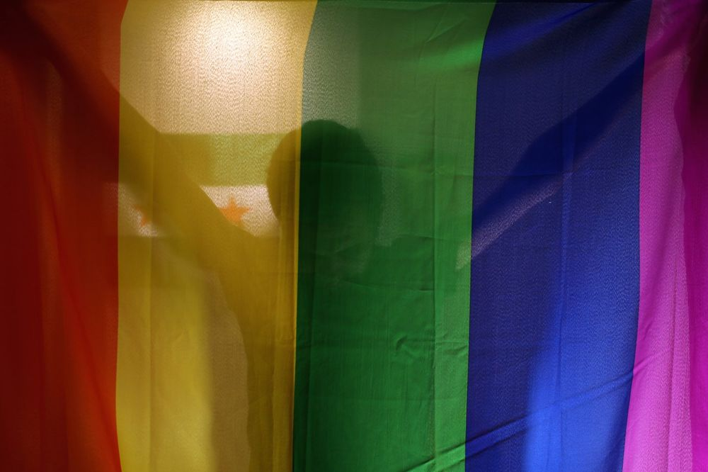 BRINU ZA NJIH, A NE DAJU IM VIZE: Ameri optužuju Čečeniju da muči gejeve, ali ih ne primaju u SAD