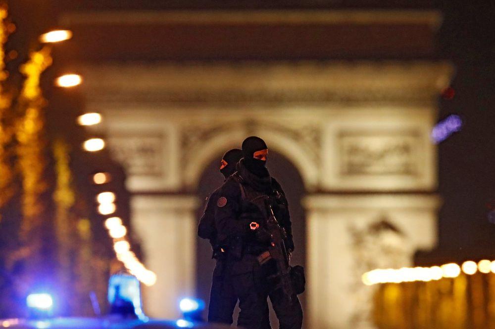 (VIDEO) KRVAVI TERORISTIČKI NAPAD U PARIZU: Islamska država preuzela odgovornost