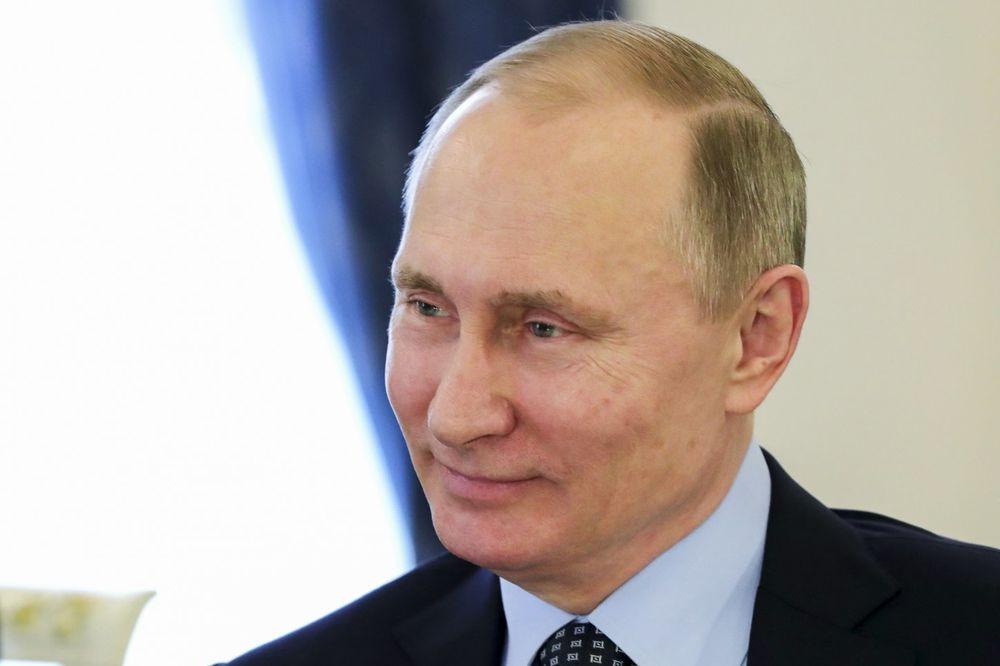 ONI VEDRE I OBLAČE: Tajmova lista NAJMOĆNIJIH na svetu, Putin među prvih 100, a evo i ko još!