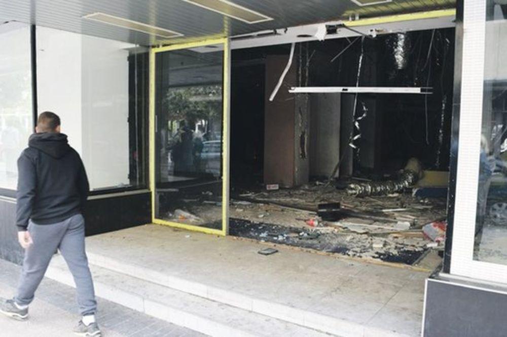LOPOVI OJADILI BIVŠE ROBNE KUĆE BEOGRAD: Opljačkali sve iz ruinirane zgrade u Podgorici