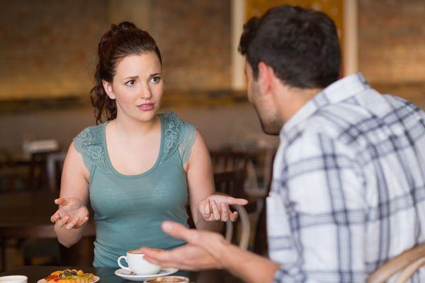 DA LI STE MEĐU NJIMA? Ovih 10 znakova otkrivaju nesrećno udatu