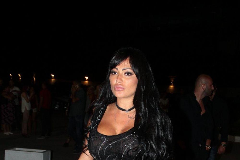 (FOTO) BILA SAM KAO LEŠ: Tamara Đurić ostala bez VENA i dosta KRVI! Davali su mi POGREŠNU terapiju!