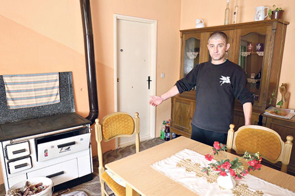 Soba u kojoj je počeo krvavi pir... Rođak Traćika pokazuje mesto gde je zatekao mrtvog ujaka
