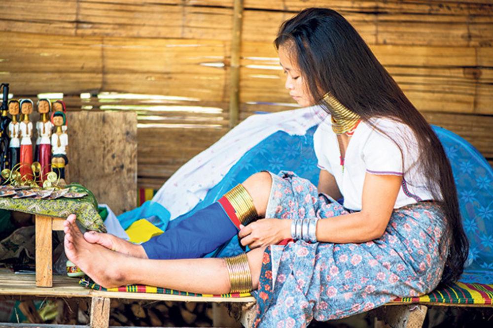 Sa udaju cure sela za lerakapo