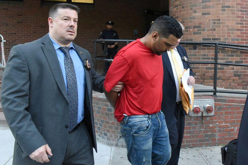 ČUJEM GLASOVE, MISLIM DA ĆU UMRETI: Napadač dao bizarne razloge za pokolj u Njujorku