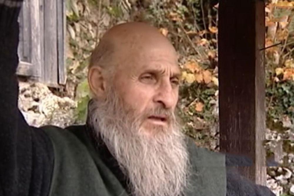 (VIDEO) BIO JE ROBIJAŠ I PIJANICA A ONDA SE OKRENUO BOGU: Sada živi na najskrivenijem mestu na svetu