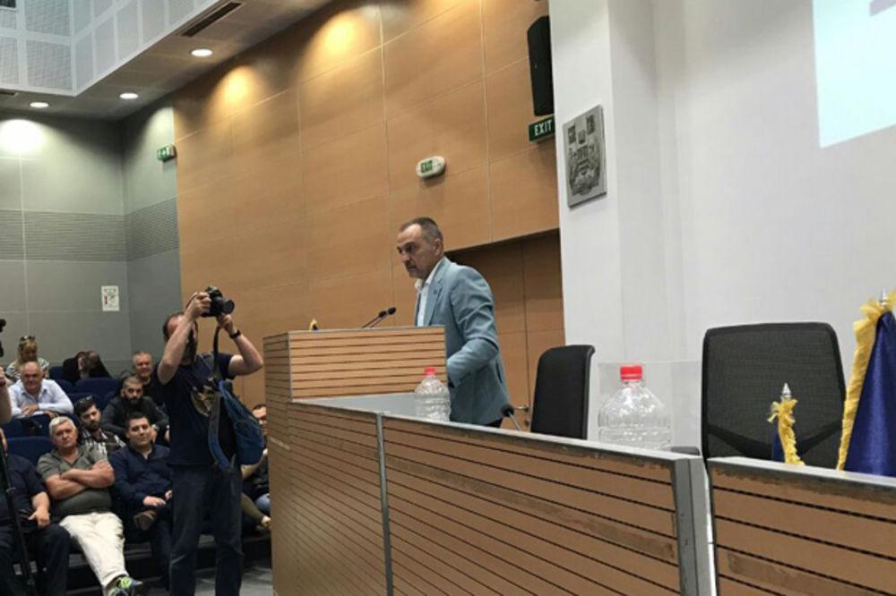 ŽIVKOVIĆ REIZABRAN NA ČELO NOVE STRANKE: Vučić je politička kukavica, očekujte parlamentarne izbore