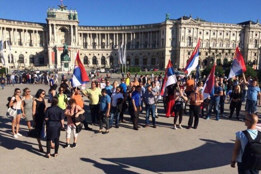 BRUKA: Osramotili državu i Srbe u Austriji!