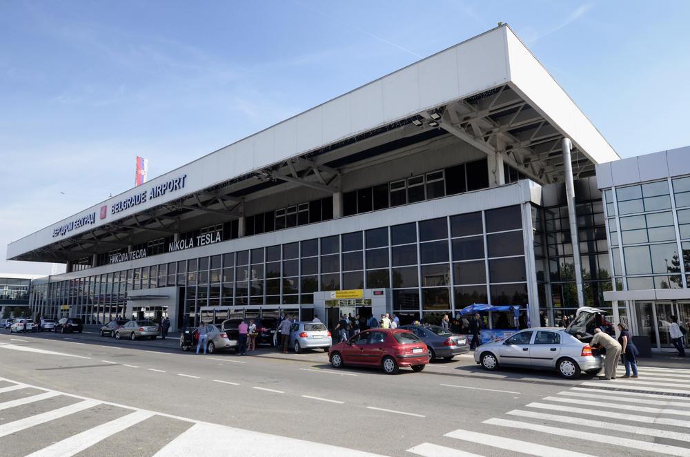 NOVA UZBUNA NA BEOGRADSKOM AERODROMU: Putnici na letu iz Bodruma