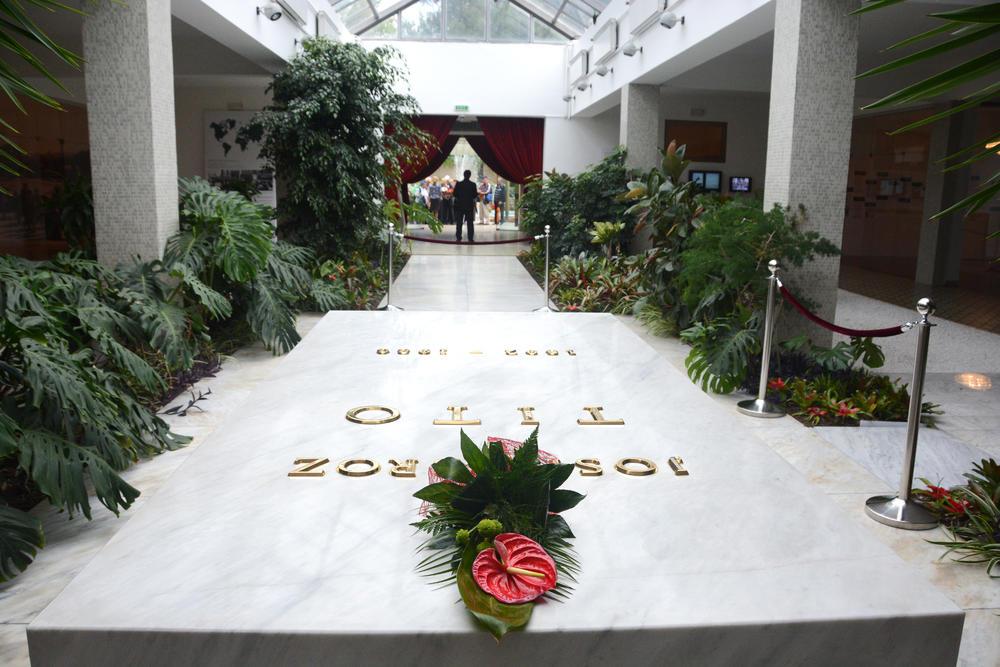 Tito, titov grob, Kuća Cveća