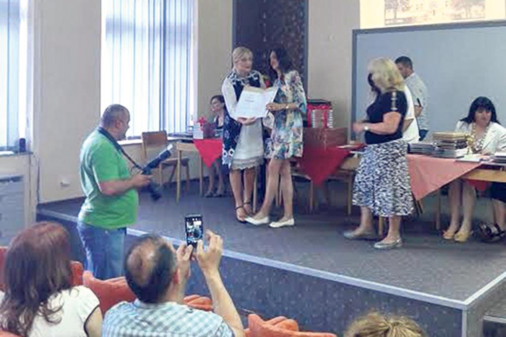VRANJE: Maturanti nagrađeni za afirmaciju škole