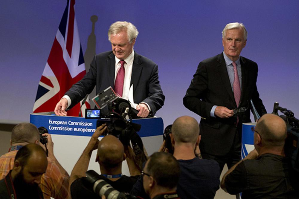(KURIR TV) VELIKI OBRT OKO BREGZITA: Britanci ne daju ni pare EU i tvrde da su oni njima dužni!