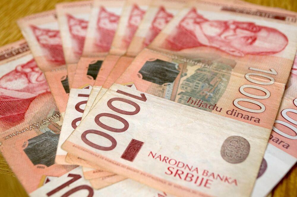 DANAS STIŽE 8.400 DINARA: Počinje isplata studentskih stipendija i kredita