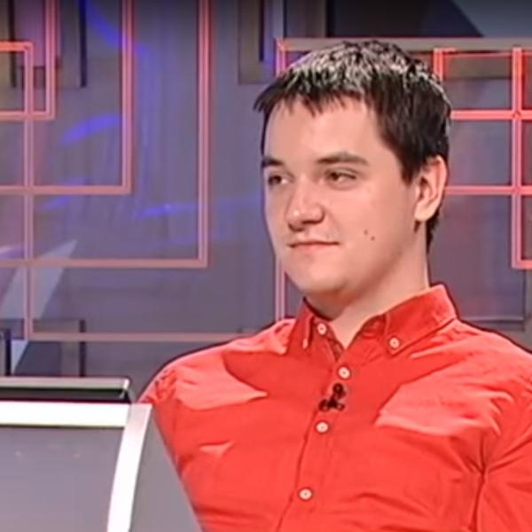 (VIDEO) UPOZNAJTE NAJPAMETNIJEG DEČKA U SRBIJI: Žarko (23) je pobednik svih pobednika Slagalice! Čist genije!