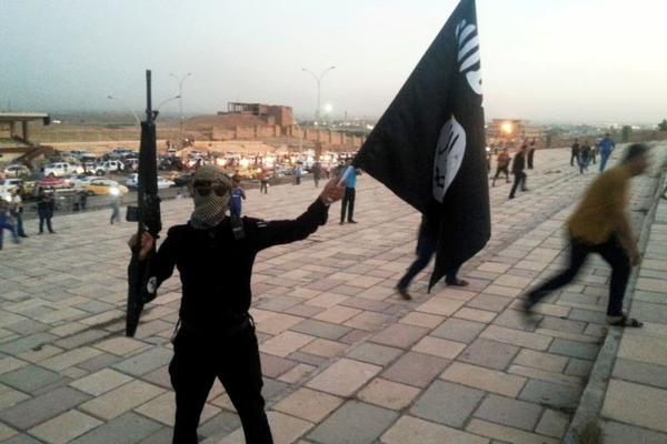 U IRAKU JE STVOREN NOVI KALIFAT – Grupa terorista se odvojila od Islamske države i već proglasila jedan grad za prestonicu!