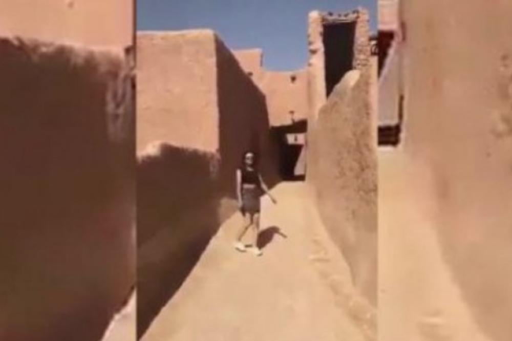ŠOK U SAUDIJSKOJ ARABIJI: Devojka prošetala u miniću, izdat nalog za njeno hapšenje!