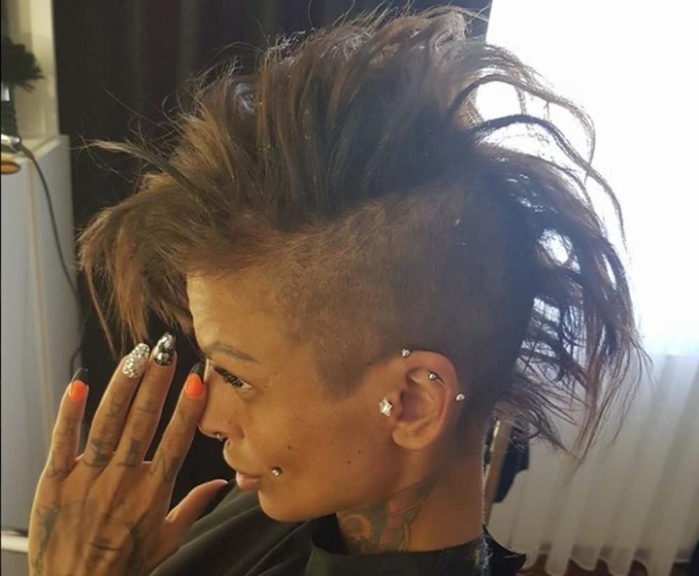 (FOTO) JELENA KRUNIĆ RASKINULA SA DEČKOM: Uradila je tetovažu na obrijanoj glavi, a evo šta je poručila!