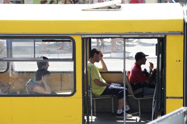 DRAMA NA LINIJI 79: Posle manjeg sudara  vozač autobusa pretučen