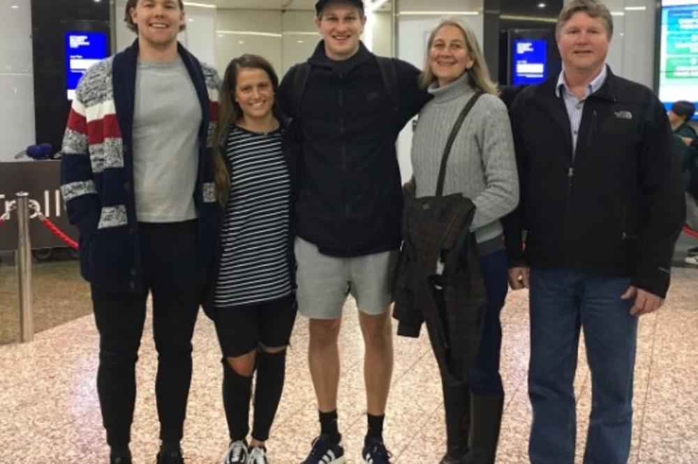 (FOTO) SRBIJO, DOLAZIM: Partizanov novi igrač neobičnom fotografijom najavio put iz Australije za Beograd!