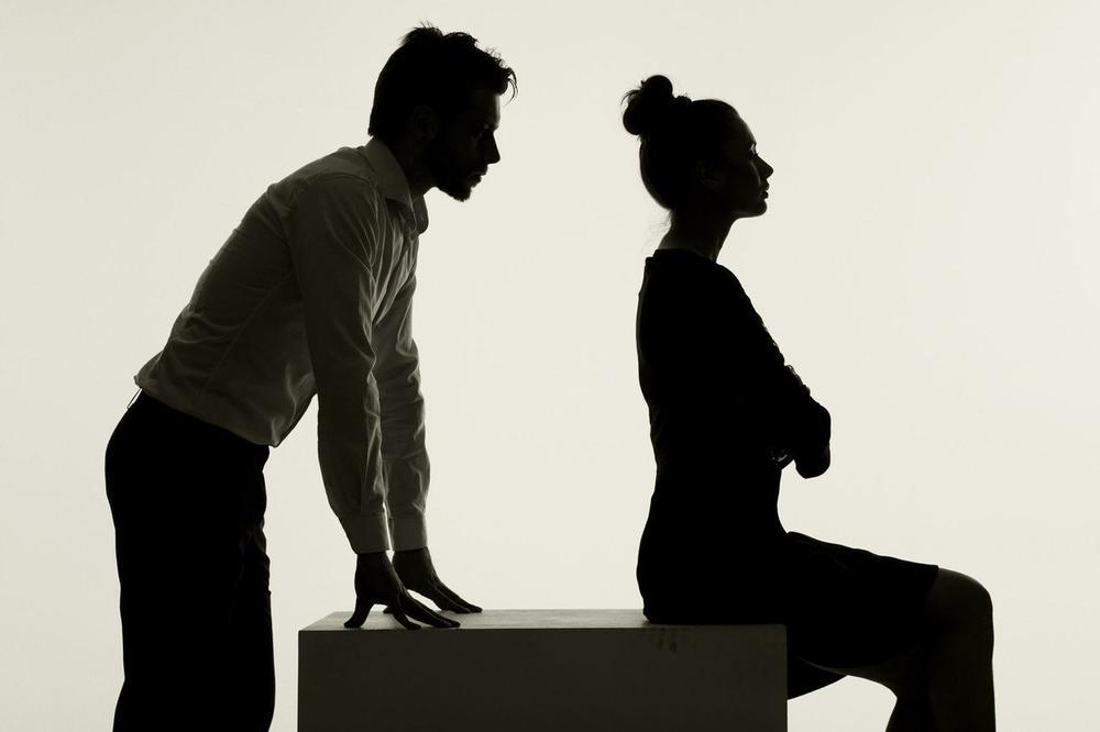 JEDNOSTAVNO NE MOŽETE BEZ NJEGA: Ovih 5 znakova pokazuju da ste u otrovnoj vezi!