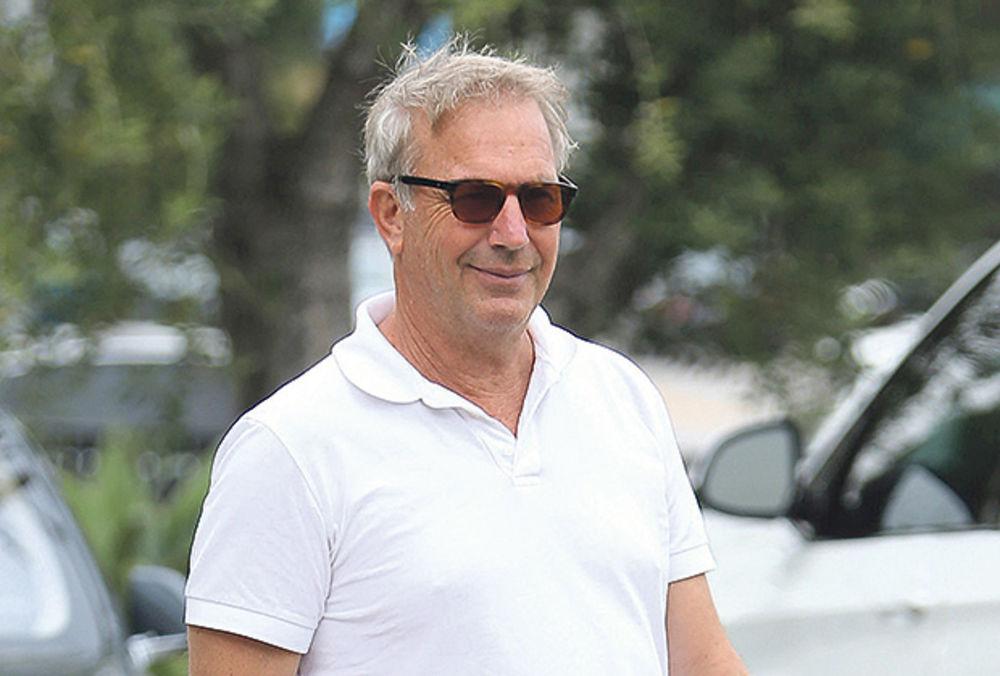 KEVIN KOSTNER U BEOGRADU: Holivudski glumac ponovo naš gost