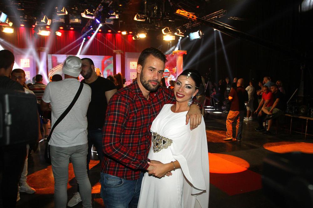 NEMAMO PARA: Tihomir i Ana Marija odlaze iz Srbije!