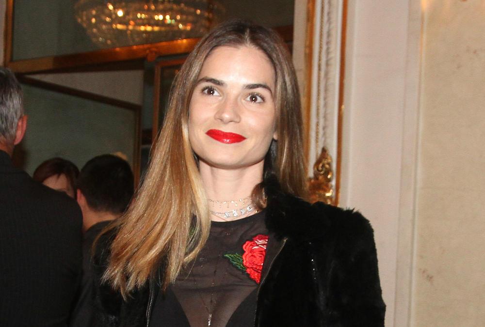 (FOTO) MARIJA KARAN ZABRINULA FANOVE: Zbog ove fotke svi se pitaju šta joj se desilo!
