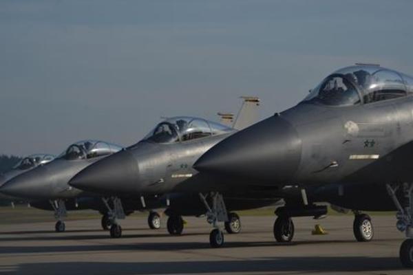 PRPA ZBOG RUSKE VEŽBE – Amerika šalje borbene avione na Baltik kao pojačanje NATO članicama!
