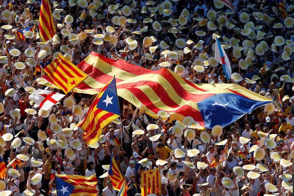 (VIDEO) BRUTALNA SEČA GRADONAČELNIKA: Španski tužilac nemilosrdan prema katalonskim čelnicima!