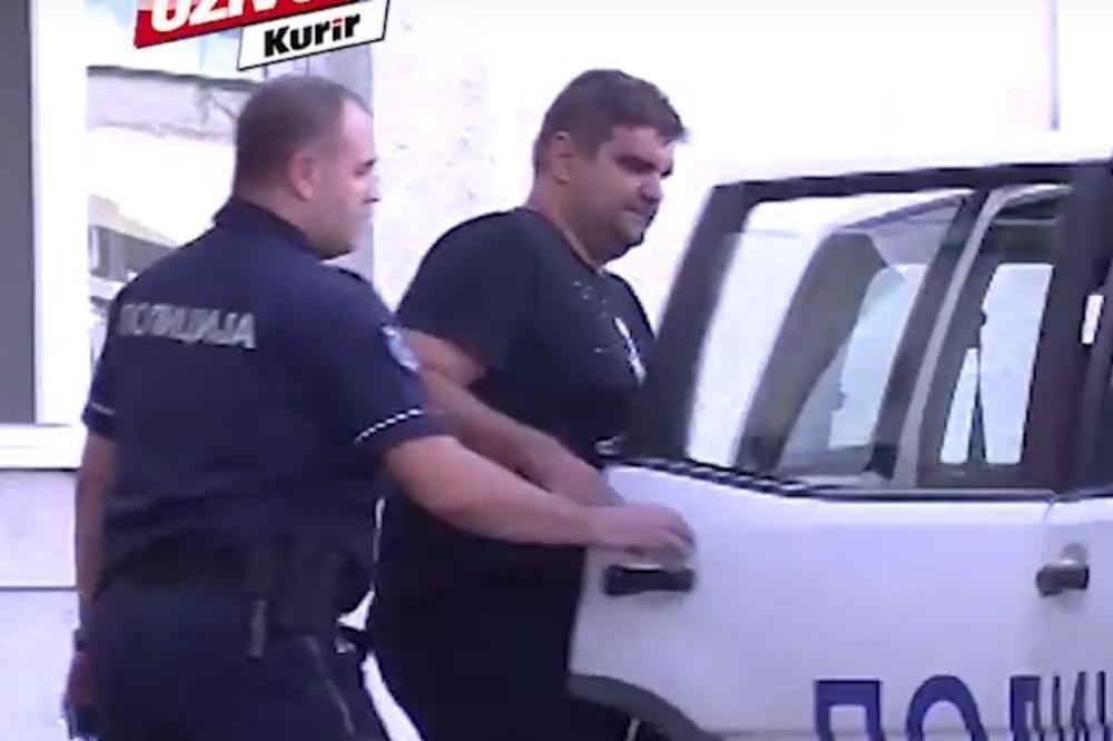 (KURIR TV) EKSKLUZIVNI SNIMAK! Policija sprovodi Sašu Mirkovića u pritvor!
