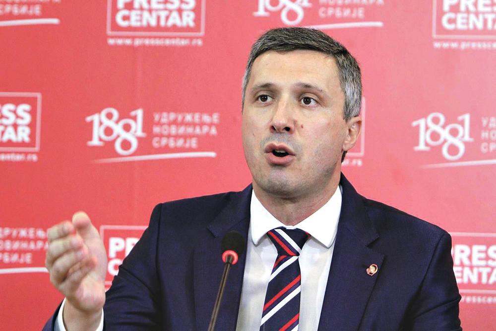 PROTEST Boško Obradović: Ukinite frekvenciju televiziji Pink