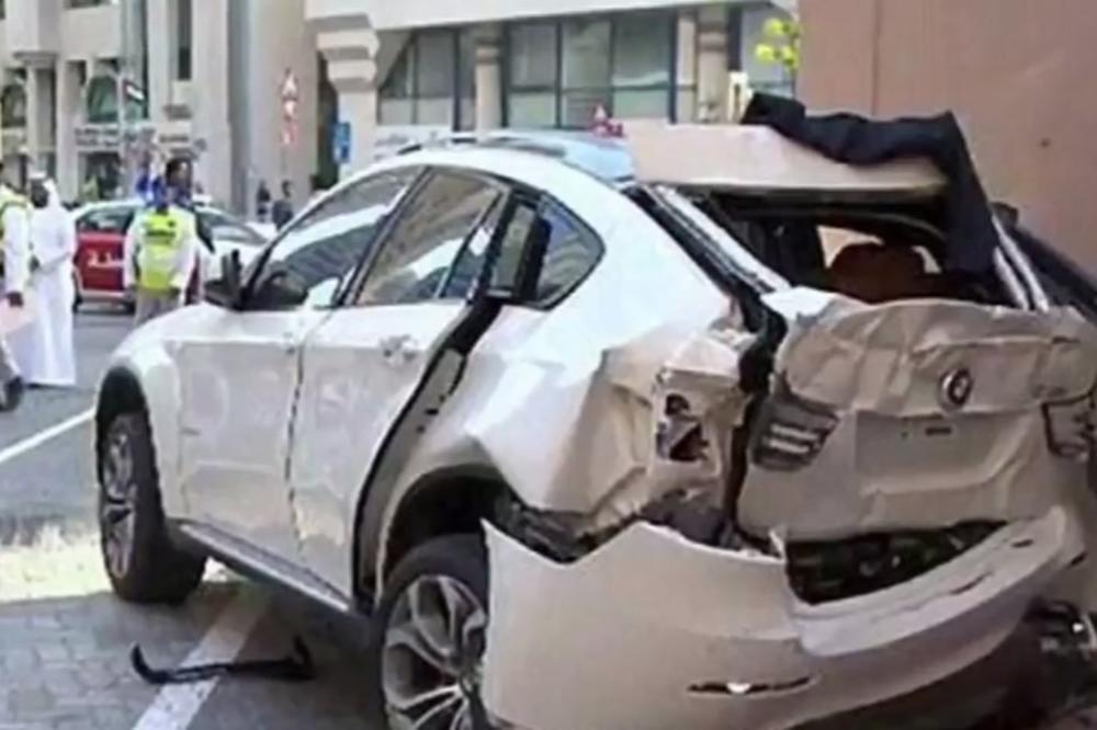 (VIDEO) UBACILA JE U RIKVERC I OTIŠLA U SMRT: Britanka poginula u do sada neviđenoj nesreći u Abu Dabiju!