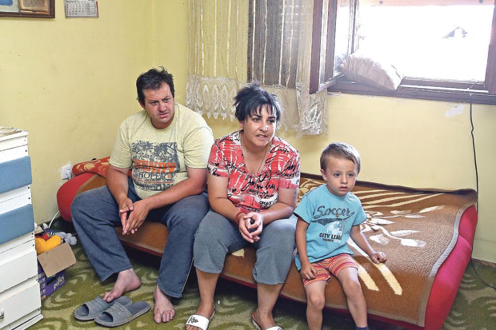 RADNICI GOŠE PREKINULI ŠTRAJK Porodica Ćirić: Da nije bilo Kurira, sin bi nam ostao gladan