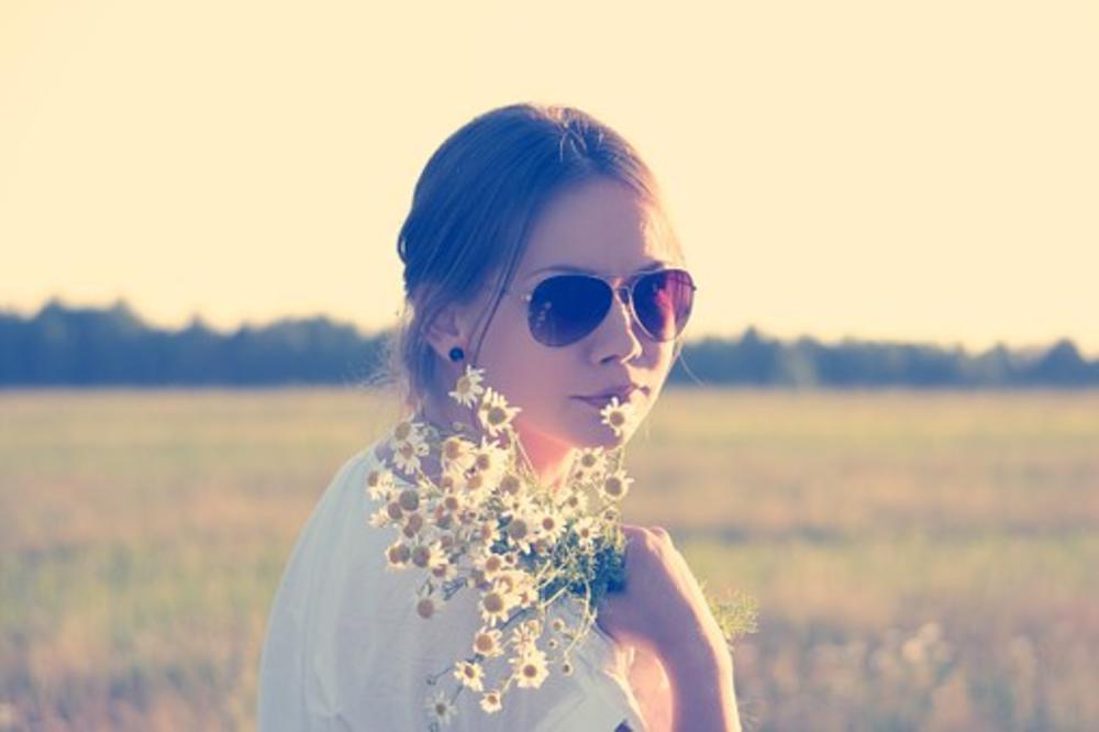 IMATE PROBLEM SA BORAMA, SUVOM I MASNOM KOŽOM? Poboljšajte svoje lice prirodnim preparatima!