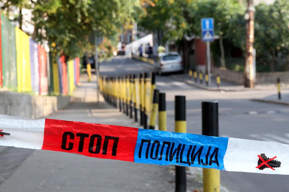 EKSPLOZIJA NA KARABURMI: Bačena bomba na kuću navijača Partizana!