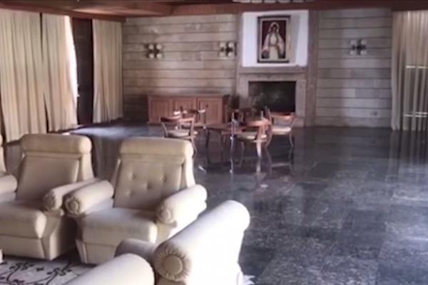 (KURIR TV) EKSKLUZIVNO: Zavirili smo u Titovu vilu Galeb u