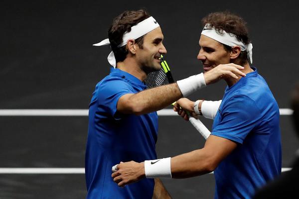 (VIDEO, FOTO) TENISKI RAJ ZA NAVIJAČE: Nadal i Federer igrali