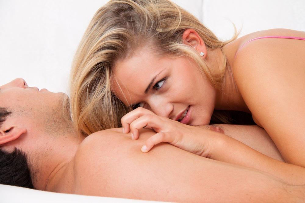 VEĆINA ŽENA NE ZNA NIŠTA O OVOME: 4 velike tajne muškog orgazma!