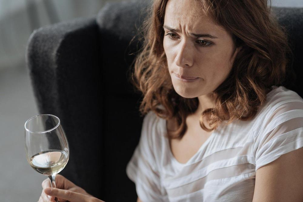 (VIDEO) KURIR HOROSKOP ZA 15. NOVEMBAR: Izbegavajte alkohol i ostale poroke! Vodite računa!
