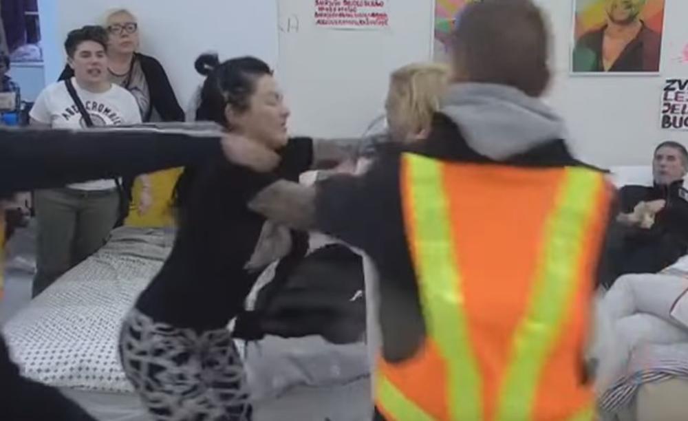 ŠOKIRALA ZADRUGARE: Nakon brutalne tuče, Jelena otkrila šta su joj saopštili lekari!